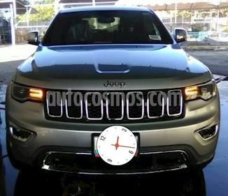 Foto venta carro usado Jeep Grand Cherokee 4x4 (2017) color Bronce precio u$s35.000