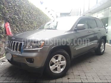 Foto venta Auto usado Jeep Grand Cherokee 5p Laredo 4x2 V6/3.6 Aut (2013) color Gris precio $275,000