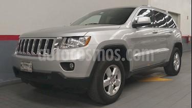Foto venta Auto usado Jeep Grand Cherokee 5p Laredo Lujo V6/3.6 Aut 4x2 (2011) color Plata precio $219,000