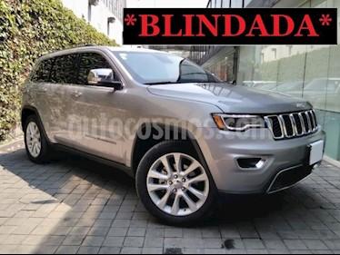 Jeep Grand Cherokee 5p Limited Lujo 4x2 V6/3.6 Aut usado (2017) color Plata precio $940,000