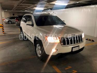 Jeep Grand Cherokee Laredo 4x2 3.6L V6 Lujo usado (2011) color Blanco precio $214,000