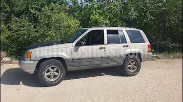 Foto Jeep Grand Cherokee Laredo 4X4 Aut usado (1998) color Gris precio $45,000