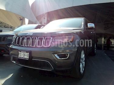 Foto venta Auto Seminuevo Jeep Grand Cherokee Limited 4x2 3.6L V6 (2017) color Gris Grafito precio $610,000