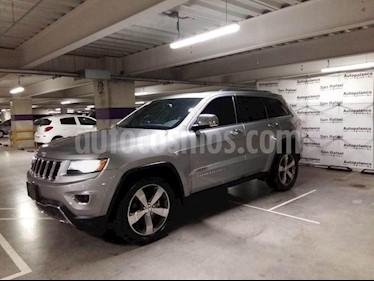 Foto venta Auto usado Jeep Grand Cherokee Limited 4X2 4.7L V8 (2015) color Gris precio $434,900