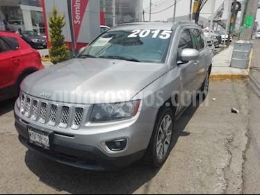 Foto venta Auto usado Jeep Grand Cherokee Limited 4X2 4.7L V8 (2015) color Gris precio $238,000