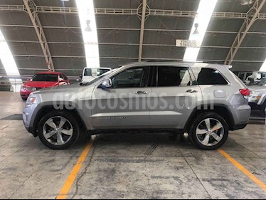 Foto venta Auto usado Jeep Grand Cherokee Limited 4X2 4.7L V8 (2015) color Gris precio $360,000