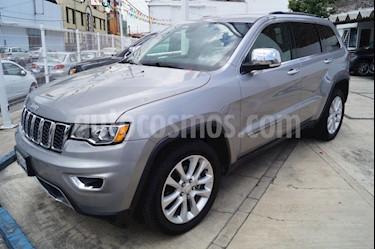 Foto venta Auto usado Jeep Grand Cherokee Limited Lujo 5.7L 4x2 (2017) color Plata Martillado precio $530,000