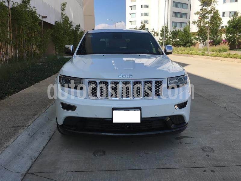 Jeep Grand Cherokee Overland 5.7L V8 4x4 usado (2014) color Blanco precio $280,000