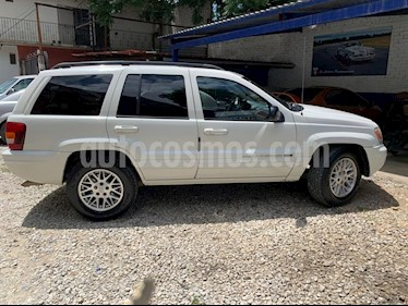 Jeep Grand Cherokee Limited 4X4 4.7L V8 usado (2004) color Blanco precio $88,000