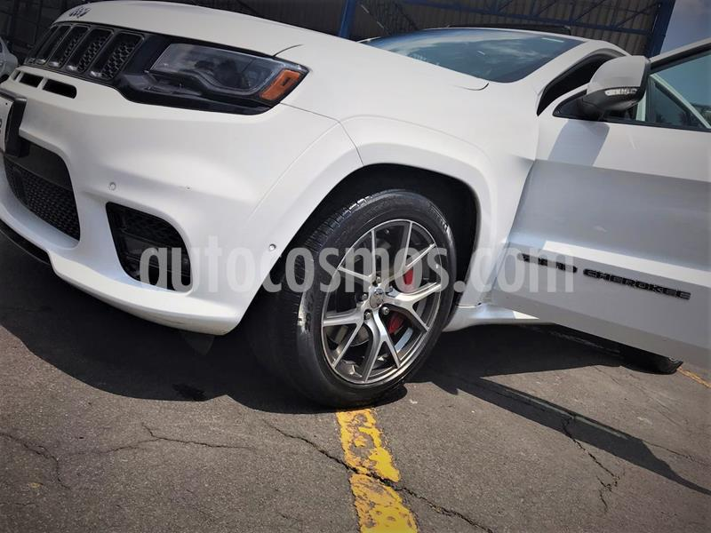 Jeep Grand Cherokee SRT-8   usado (2017) color Blanco precio $802,999