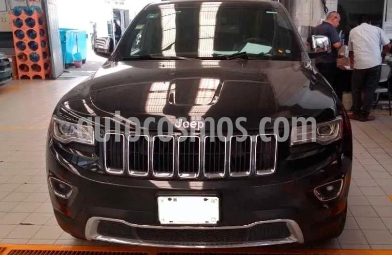 Jeep Grand Cherokee Limited Lujo 3.6L 4x2 usado (2014) color Negro precio $325,000