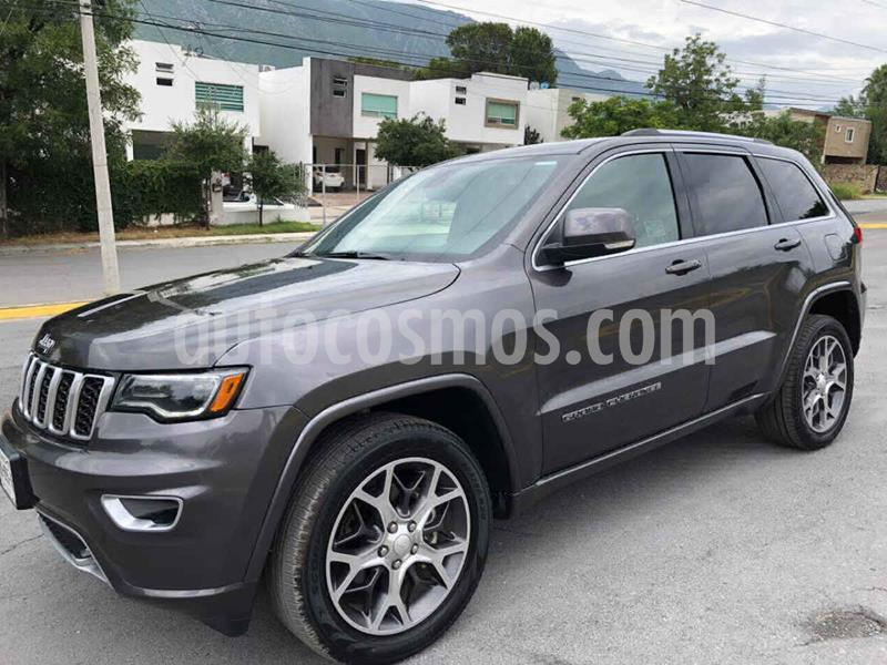 Jeep Grand Cherokee Sterling 25 Aniv 3.6L 4x2 usado (2018) color Gris precio $629,000