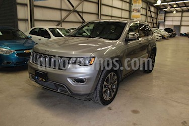 Jeep Grand Cherokee Limited Navegacion 4x2 3.6L V6 usado (2017) color Gris precio $449,800
