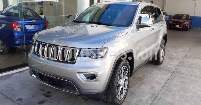 Jeep Grand Cherokee 5p Limited 4x2 V6/3.6 Aut Nav usado (2019) color Plata precio $639,900