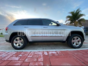 Jeep Grand Cherokee Limited Premium 4x4 5.7L V8 Blindada usado (2013) color Plata precio $590,000