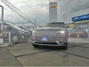 Foto venta Auto usado Jeep Grand Cherokee Summit Elite Platinum 5.7L 4x4 (2017) color Granito precio $699,000