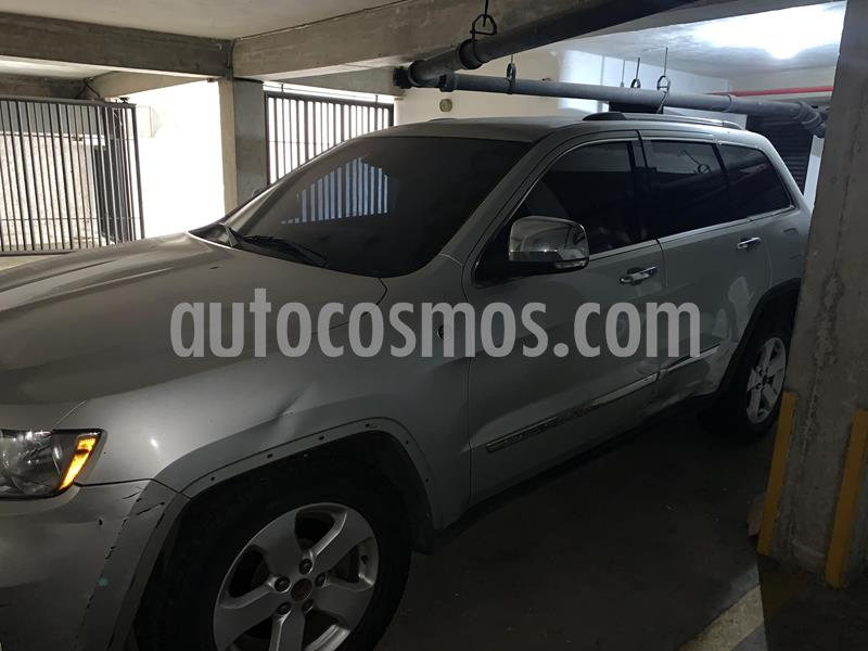 Jeep Grand Cherokee Limited Auto. 4x4 usado (2013) color Gris precio u$s7.000