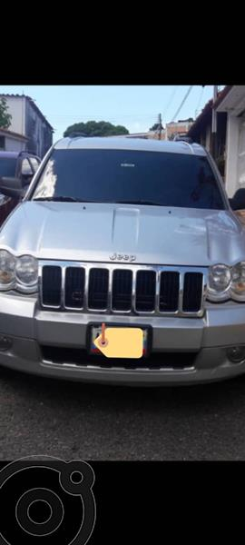 Jeep Grand Cherokee Limited 4.7L Aut 4x4 usado (2010) color Plata precio u$s6.300