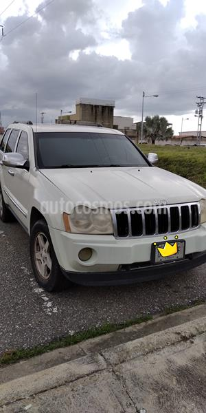 Jeep Grand Cherokee Limited 4.7L Aut 4x4 usado (2007) color Blanco precio u$s3.000