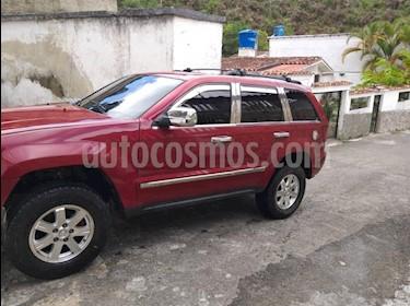 Jeep Grand Cherokee Limited 4.7L Aut 4x2 usado (2006) color Rojo precio u$s4.800