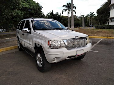 Jeep Grand Cherokee Limited 4.7L Aut 4x4 usado (2005) color Blanco precio u$s3.600
