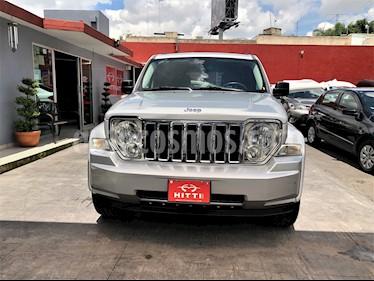 Foto venta Auto usado Jeep Liberty Limited 4x2 Nav (2009) color Plata precio $158,000