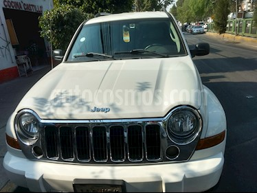 Foto Jeep Liberty Limited 4X2 usado (2006) color Blanco precio $95,000