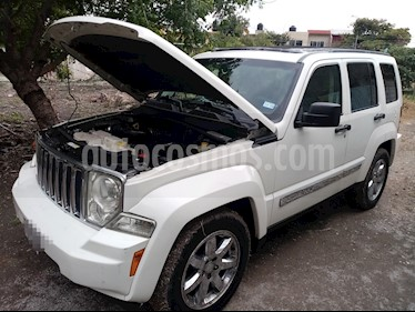 Foto Jeep Liberty Limited 4x4 usado (2008) color Blanco precio $110,000