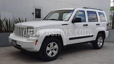 Jeep Liberty Sport 4x2 usado (2013) color Blanco precio $179,000
