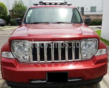 Jeep Liberty Limited 4x2 usado (2010) color Rojo precio $150,000