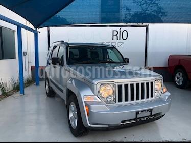 Jeep Liberty Limited 4x4 usado (2010) color Plata precio $159,000