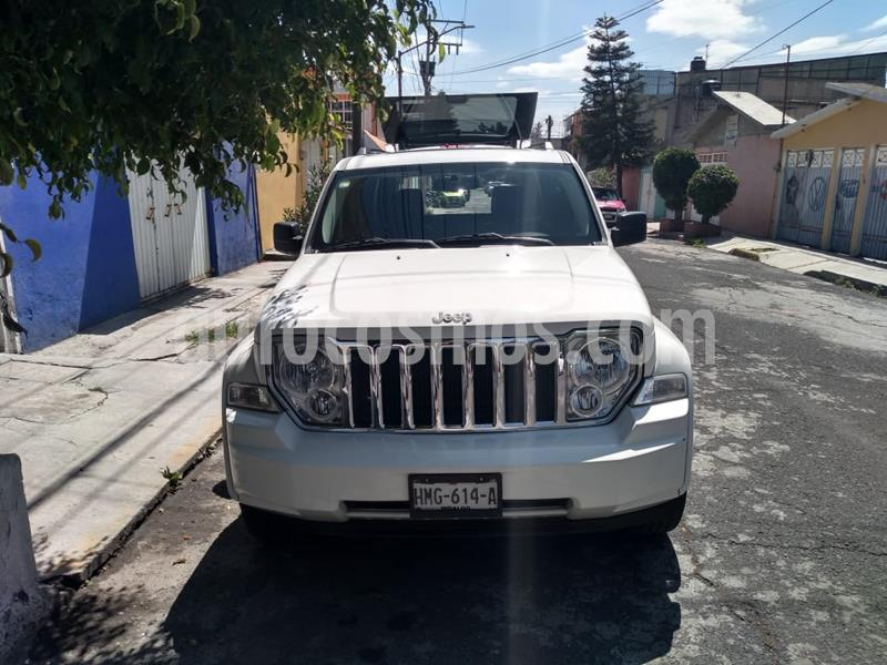 Jeep Liberty Limited Jet 4x2 MyGiG Navegacion usado (2010) color Blanco precio $155,000