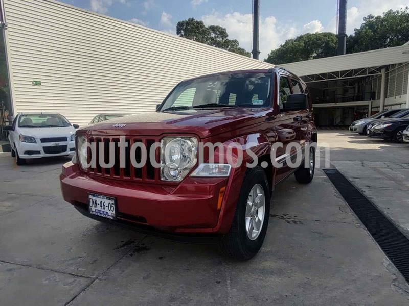 Jeep Liberty Sport 4X2 usado (2013) color Rojo precio $185,000