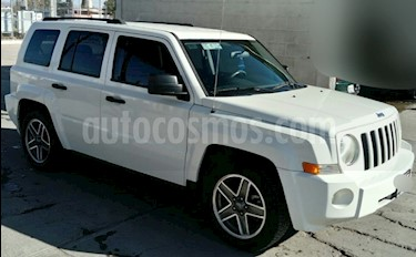 Foto venta Auto Seminuevo Jeep Patriot 4x2 Base (2009) color Blanco precio $131,000