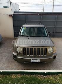 Foto venta Auto usado Jeep Patriot 4x2 Base (2008) color Khaki precio $105,000