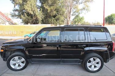 Foto venta Auto Seminuevo Jeep Patriot 4x2 Latitude Aut  (2015) color Negro precio $212,000