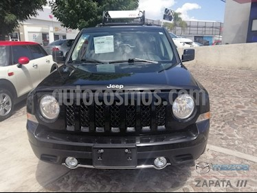 Foto venta Auto usado Jeep Patriot 4x2 Latitude Aut  (2013) color Negro precio $198,000