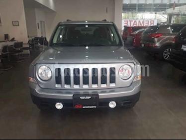 Foto venta Auto usado Jeep Patriot 4x2 Latitude Aut  (2014) color Plata precio $189,000