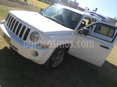 Jeep Patriot 4x2 Latitude Aut  usado (2008) color Blanco precio $103,000