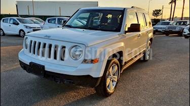 Foto Jeep Patriot 4x2 Sport Aut usado (2017) color Blanco precio $234,900