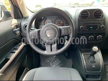 Foto venta Auto usado Jeep Patriot 4x2 Sport Aut (2015) color Blanco precio $219,900