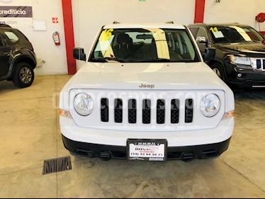 Foto venta Auto usado Jeep Patriot 4x2 Sport Aut (2016) color Blanco precio $220,000