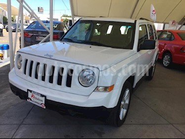 Foto venta Auto usado Jeep Patriot 4x2 Sport Aut (2016) color Blanco precio $219,000