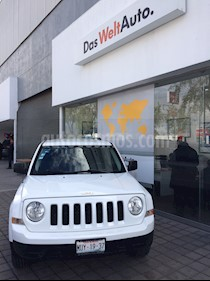 Foto venta Auto Seminuevo Jeep Patriot 4x2 Sport Aut (2013) color Blanco precio $220,000