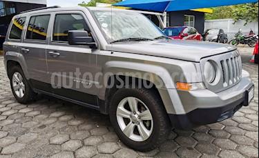 Foto venta Auto usado Jeep Patriot 4x2 Sport CVT (2014) color Plata precio $195,000