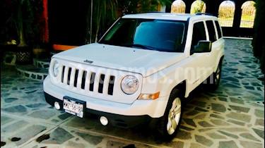 Foto Jeep Patriot 4x2 Sport  usado (2013) color Blanco precio $178,000