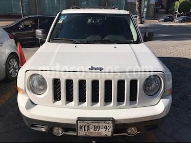 Foto venta Auto usado Jeep Patriot 4x4 Limited CVT  (2015) color Blanco precio $250,000