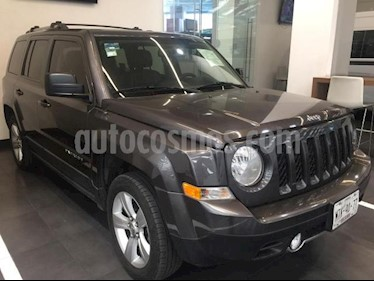 foto Jeep Patriot 5p Limited L4/2.4 Aut usado (2015) color Gris precio $235,500
