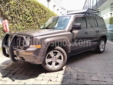 foto Jeep Patriot 5p Limited L4/2.4 Aut usado (2014) color Gris precio $186,000