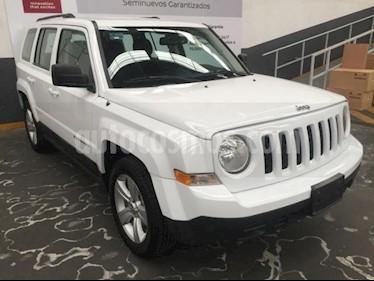 Foto Jeep Patriot 5p Sport L4/2.4 Aut usado (2017) color Blanco precio $225,500